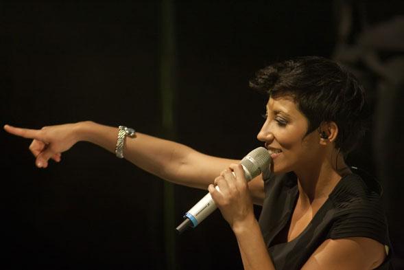 Malika Ayane in concerto il 16 gennaio al Teatro Team ed il 18 gennaio al Demodè di Modugno