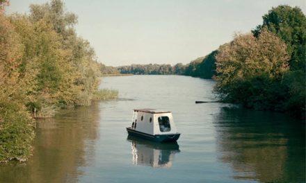 Sneci, tiny house a energia solare naviga come una barca da pesca