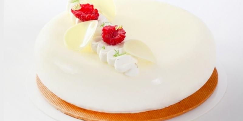 Lo chef Luc Debove svela i segreti del suo dessert pasquale riscoprendo la pasticceria vegana