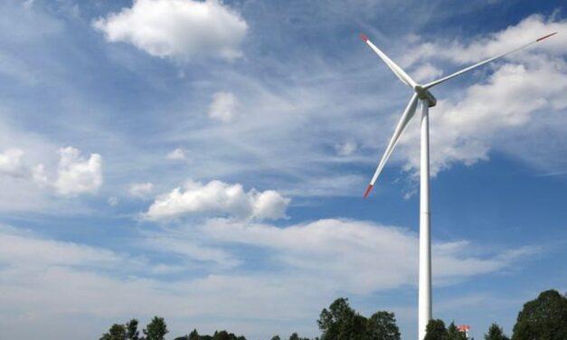Rivoluzione Royalties dell'energia eolica: i comuni pugliesi festeggiano