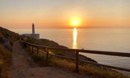 L'alba di Pasqua in diretta da Punta Palascìa ad Otranto