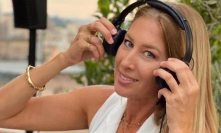 L'8 LUGLIO A TORRE MAIZZA LA MUSICA DI RMC CON LA DJ MELANIE ESTRELLA